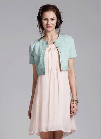 1318f53369c9 Romantické šaty Powdery mist Dámské oděvy Romantické šaty Powdery mist  Dámské oděvy ...